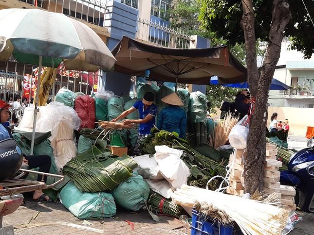 Chợ lá dong nửa thế kỷ ở Sài Gòn ế ẩm do heo tăng giá ảnh 14