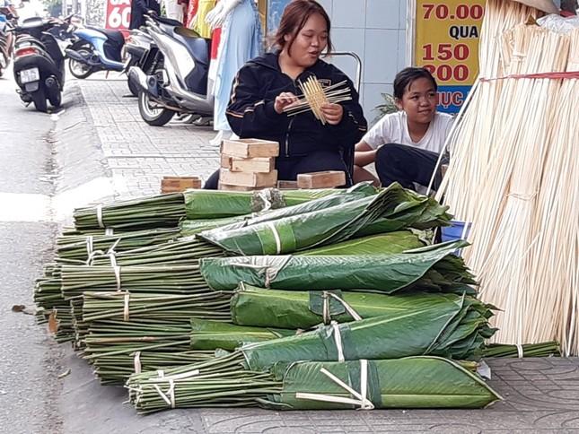 Chợ lá dong nửa thế kỷ ở Sài Gòn ế ẩm do heo tăng giá ảnh 6