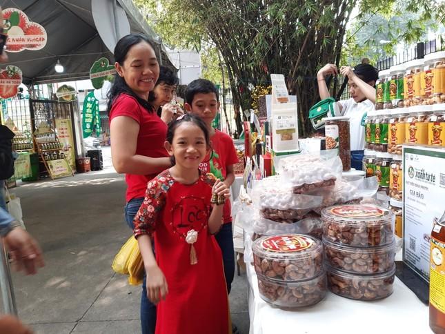 Hàng ngàn của ngon vật lạ vùng cao đổ bộ Sài Gòn ảnh 17