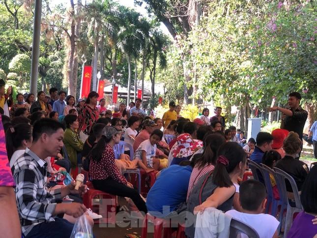 Trung tâm mua sắm, khu vui chơi Sài Gòn quá tải ngày cuối nghỉ Tết Nguyên đán ảnh 8