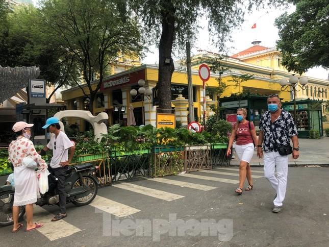 Một Sài Gòn rất khác ngày cuối tuần ảnh 14