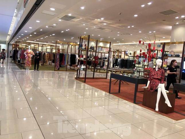 TP Hồ Chí Minh:Bệnh nhân 450 mắc COVID-19 đã đi Aeon Mall 5 ngày liên tục ảnh 3