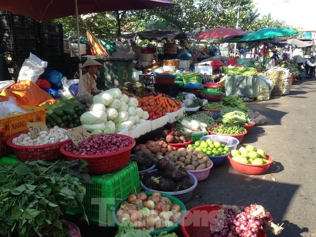 Giá nhiều loại thực phẩm tăng mạnh trước rằm tháng Chạp ảnh 10