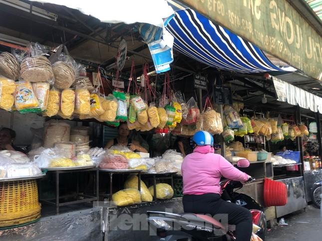 Giá nhiều loại thực phẩm tăng mạnh trước rằm tháng Chạp ảnh 14