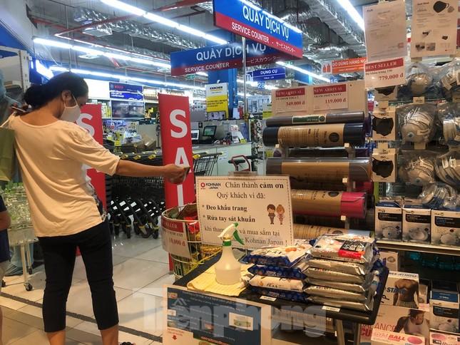 TPHCM: Không đeo khẩu trang không được vào siêu thị, đẩy mạnh bán online phòng dịch ảnh 2