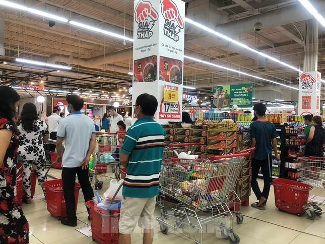 TPHCM: Không đeo khẩu trang không được vào siêu thị, đẩy mạnh bán online phòng dịch ảnh 1