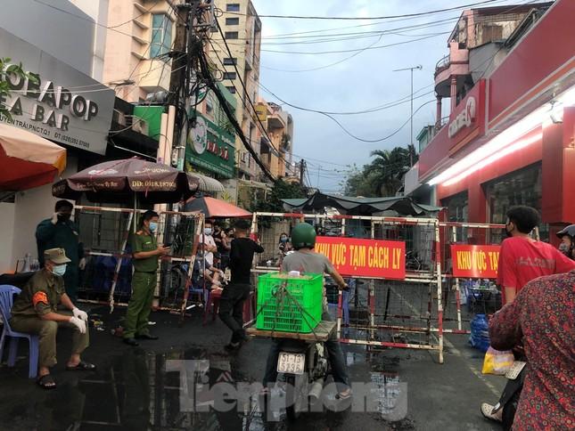 CDC Thành phố Hồ Chí Minh thông báo kết quả 1.600 mẫu xét nghiệm SARS-CoV-2 ở khu Mả Lạng ảnh 1