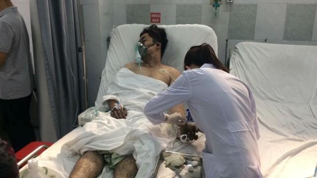 Hàng chục nạn nhân vụ cháy chung cư vẫn đang điều trị tại bệnh viện ảnh 7
