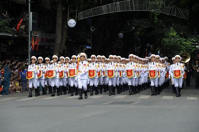 Oai phong khối Quân nhạc trong ngày Tết Độc lập ảnh 2