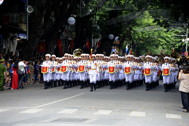 Oai phong khối Quân nhạc trong ngày Tết Độc lập ảnh 1