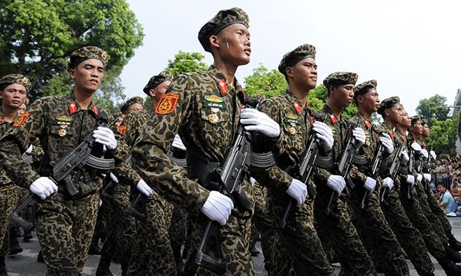 Xem lính đặc công oai phong mừng ngày Quốc khánh ảnh 2