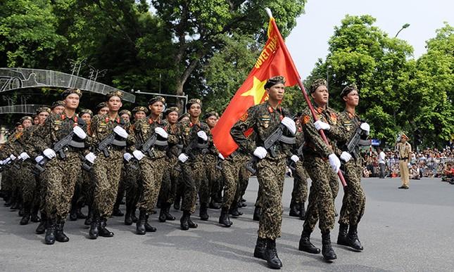 Xem lính đặc công oai phong mừng ngày Quốc khánh ảnh 1