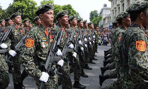 Xem lính đặc công oai phong mừng ngày Quốc khánh ảnh 9