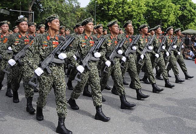 Xem lính đặc công oai phong mừng ngày Quốc khánh ảnh 10