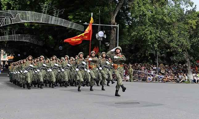 Xem lính đặc công oai phong mừng ngày Quốc khánh ảnh 3