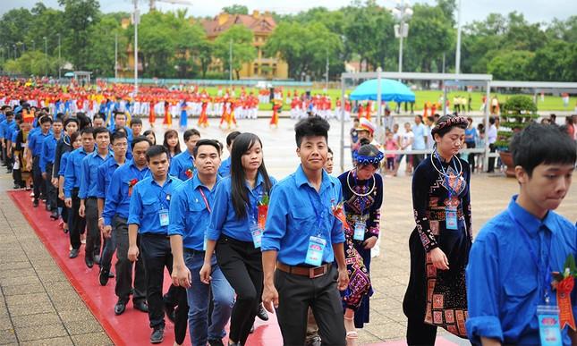 445 đại biểu Thanh niên tiên tiến báo công dâng Bác ảnh 13