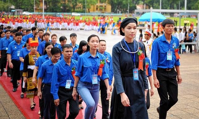 445 đại biểu Thanh niên tiên tiến báo công dâng Bác ảnh 14