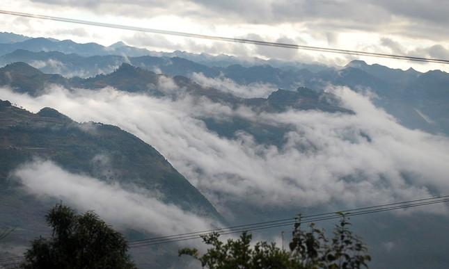 'Săn mây' trên đỉnh cực Bắc Tổ quốc ảnh 5
