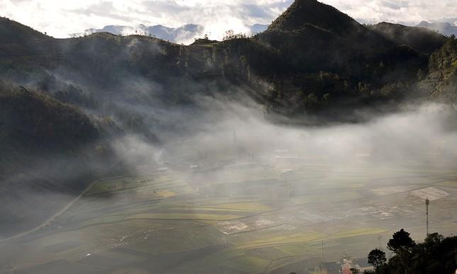 'Săn mây' trên đỉnh cực Bắc Tổ quốc ảnh 12