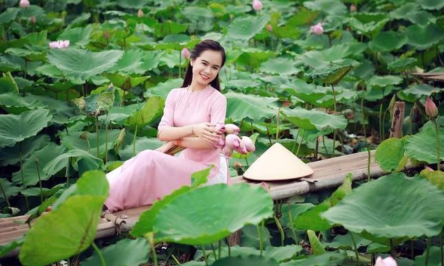 Lộ diện thí sinh hoa khôi sinh viên Hà Nội khả ái ảnh 1