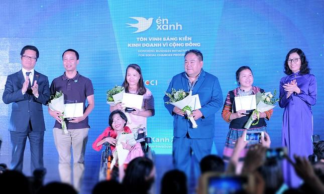 Teach for Vietnam và tiệm cắt tóc không lời được vinh danh sáng kiến vì cộng đồng ảnh 4