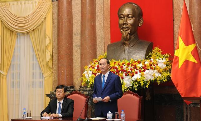 Chủ tịch nước gặp gỡ 60 'thầy giáo quân hàm xanh' ảnh 3