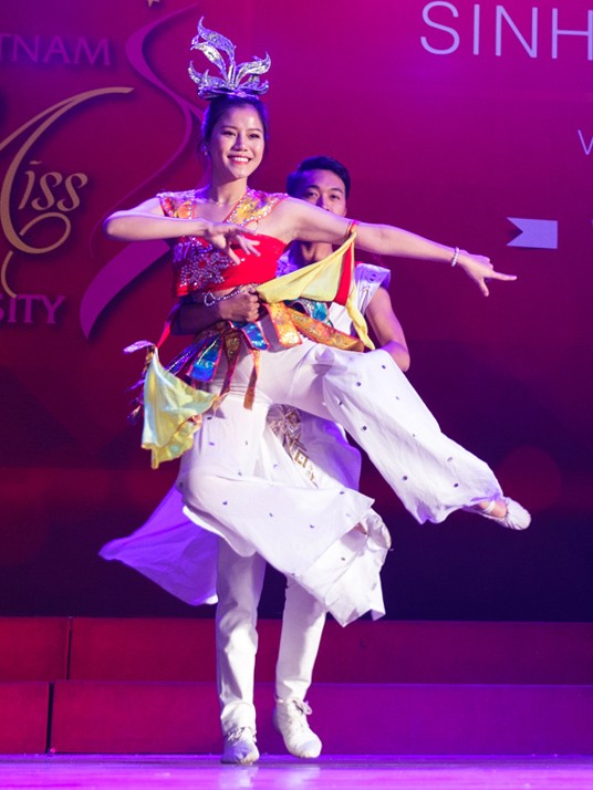 Nhan sắc các nữ sinh miền Bắc vào Chung kết Hoa khôi Sinh viên Việt Nam ảnh 3