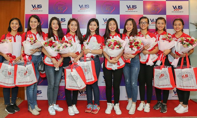 Thí sinh Hoa khôi Sinh viên Việt Nam 2017 giao lưu khởi nghiệp với doanh nhân trẻ ảnh 5
