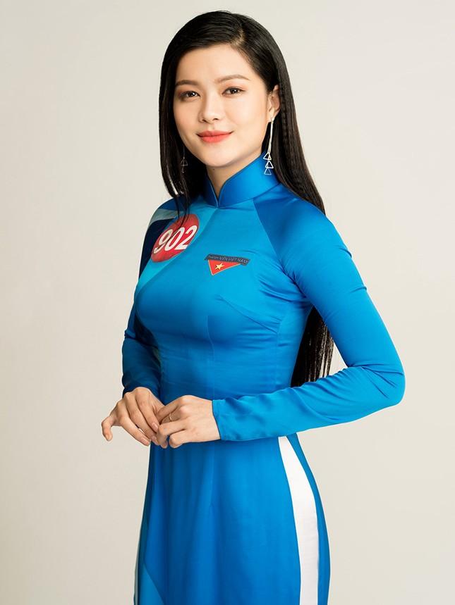 Hoa khôi Sinh viên Việt Nam rạng rỡ khoe dáng ảnh 23