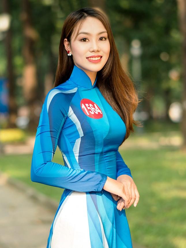 Thí sinh Hoa khôi Sinh viên Việt Nam khoe dáng áo dài thanh niên ảnh 8