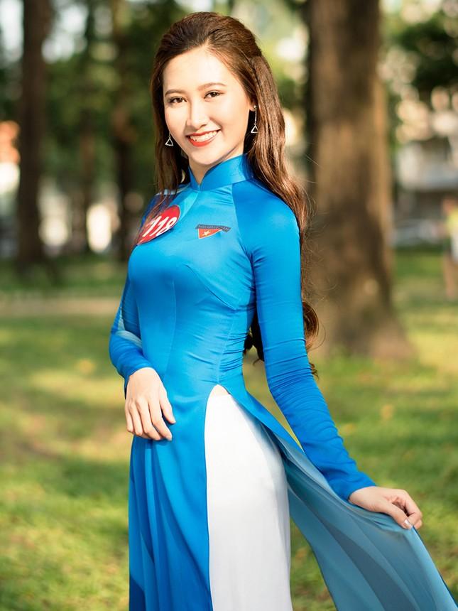 Thí sinh Hoa khôi Sinh viên Việt Nam khoe dáng áo dài thanh niên ảnh 10