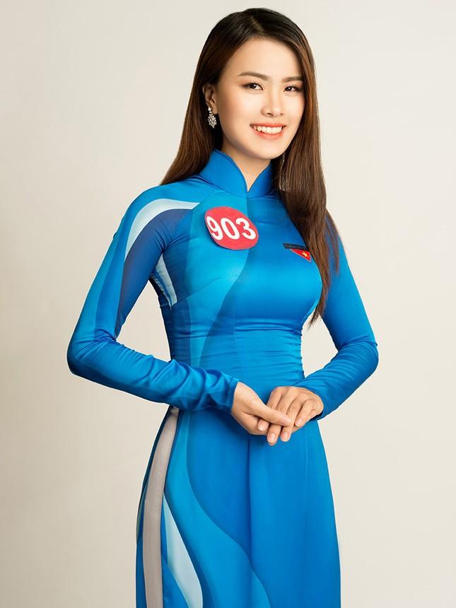 Hoa khôi Sinh viên Việt Nam rạng rỡ khoe dáng ảnh 1