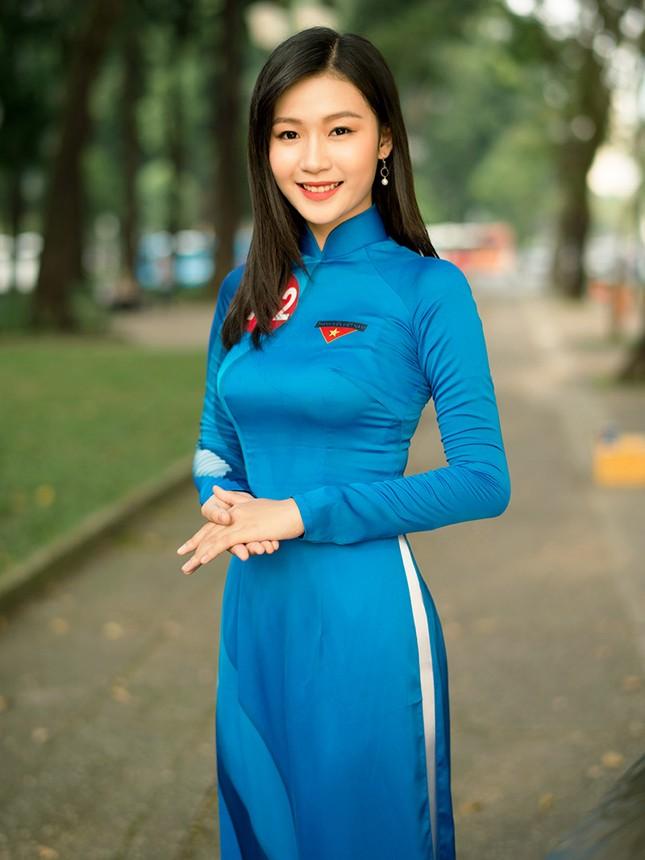 Thí sinh Hoa khôi Sinh viên Việt Nam khoe dáng áo dài thanh niên ảnh 15