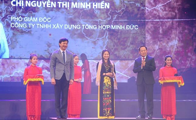 Trao giải thưởng Sao Đỏ - 100 Doanh nhân trẻ tiêu biểu 2017 ảnh 9