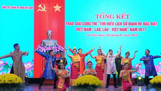 Tổng cục Chính trị QĐNDVN trao giải về tìm hiểu lịch sử quan hệ Việt-Lào ảnh 1
