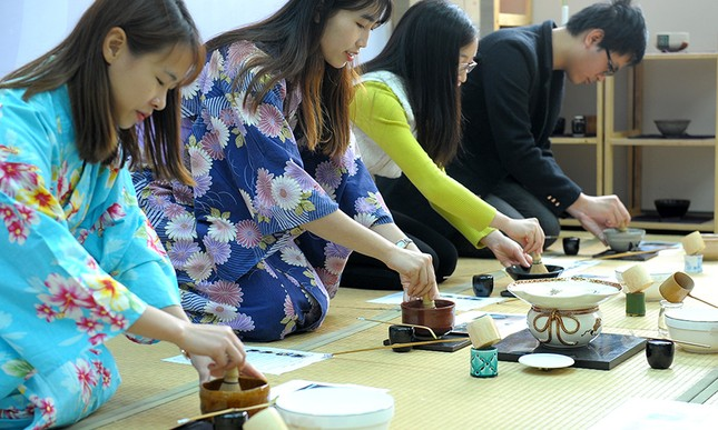 Giới trẻ Hà thành trải nghiệm trà đạo, kimono ảnh 7