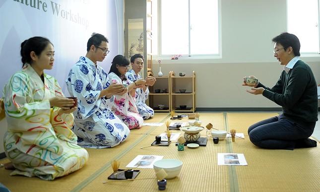 Giới trẻ Hà thành trải nghiệm trà đạo, kimono ảnh 5