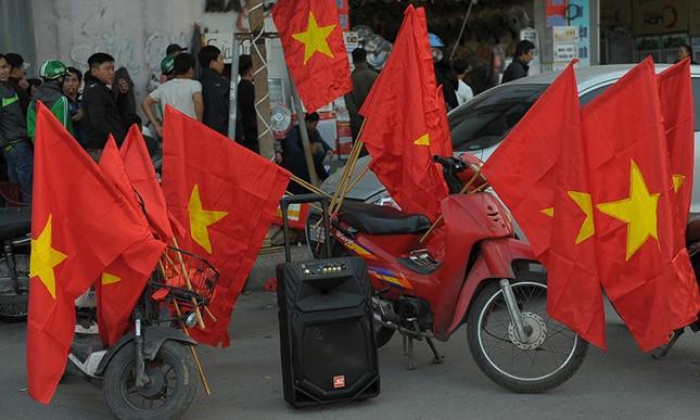 Người Hà Nội 'cháy' cùng U23 Việt Nam ảnh 3