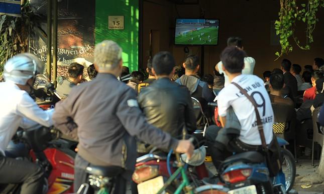 Người Hà Nội 'cháy' cùng U23 Việt Nam ảnh 13