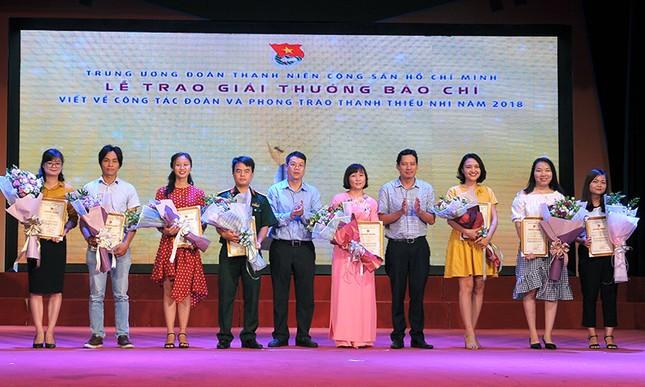 Báo Tiền Phong đạt nhiều giải cao viết về công tác Đoàn 2018 ảnh 7