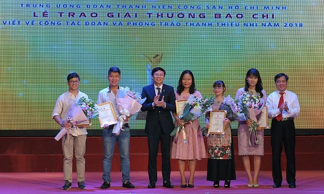 Báo Tiền Phong đạt nhiều giải cao viết về công tác Đoàn 2018 ảnh 5