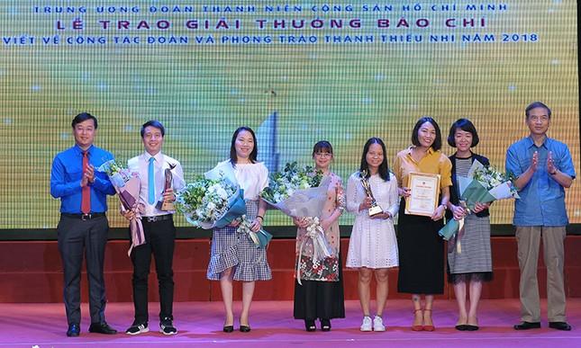 Báo Tiền Phong đạt nhiều giải cao viết về công tác Đoàn 2018 ảnh 4