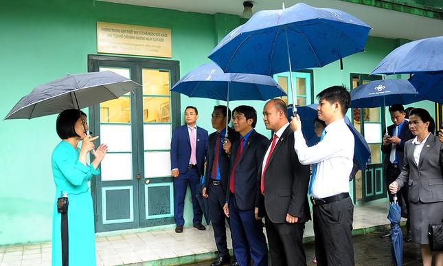Đoàn đại biểu Hội LHTN Campuchia viếng Lăng Chủ tịch Hồ Chí Minh ảnh 5