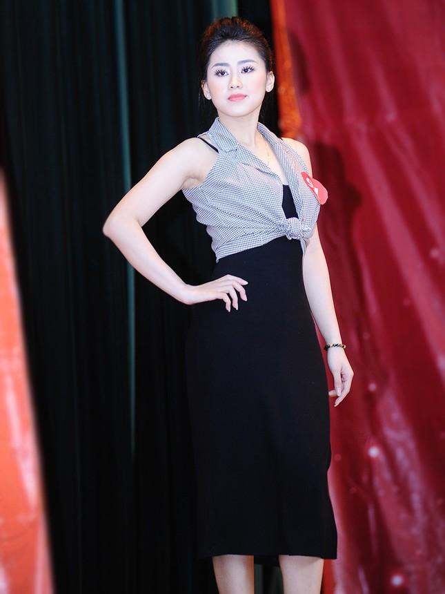 Nữ sinh Xây dựng tóc ngắn cá tính xinh như diễn viên Hoa ngữ ảnh 4