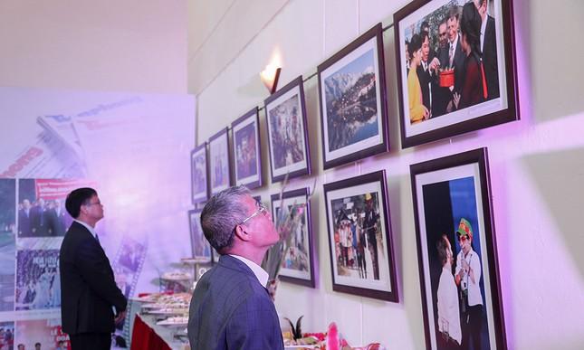 Trang trọng buổi gặp mặt kỷ niệm 65 năm báo Tiền Phong ra số đầu tiên ảnh 13