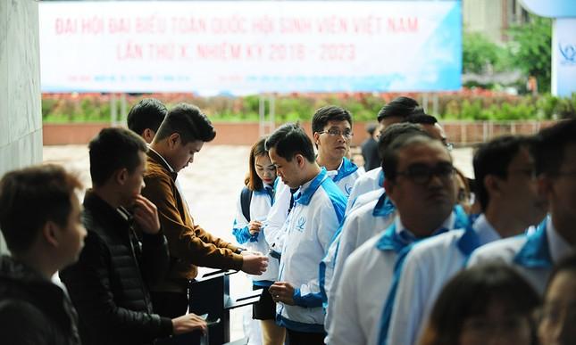 690 đại biểu quét mã vạch vào tham dự Đại hội toàn quốc Hội Sinh viên ảnh 1