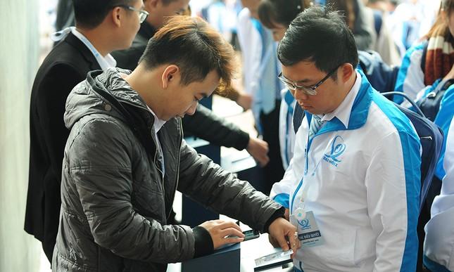 690 đại biểu quét mã vạch vào tham dự Đại hội toàn quốc Hội Sinh viên ảnh 3