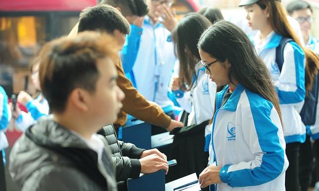 690 đại biểu quét mã vạch vào tham dự Đại hội toàn quốc Hội Sinh viên ảnh 2