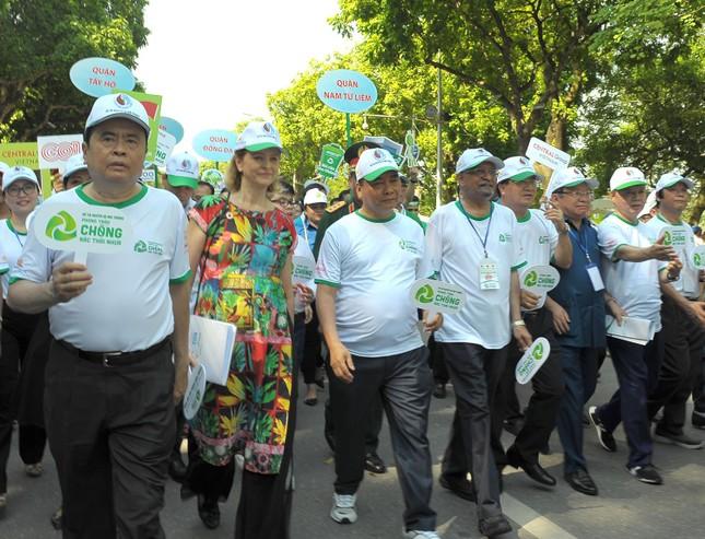 Thủ tướng Nguyễn Xuân Phúc phát động toàn quốc chống rác thải nhựa ảnh 7