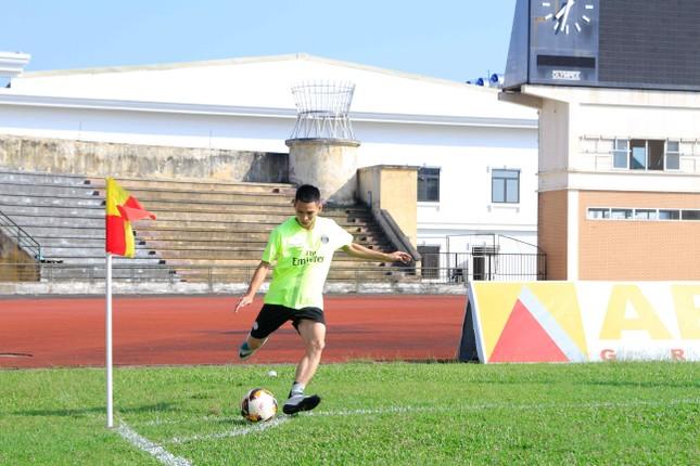 Thanh niên Hà Nam tranh tài bóng đá ảnh 3